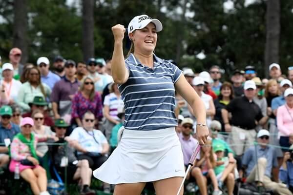 Jennifer Kupcho muestra su alegría tras ganar en Augusta. Foto: @anwagolf