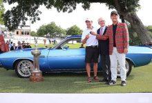 ¡Lo prometido es deuda! Na regala a su caddie un Dodge Challenger del 73 tras ganar en Fort Worth