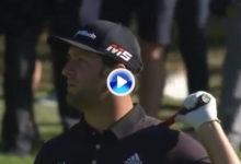 Hasta los malos golpes de Jon Rahm se convierten en golpazos, como éste en el 6 del BMW PGA Champ