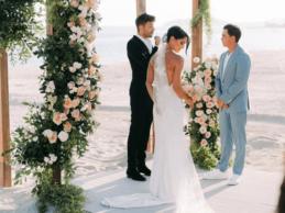 Rickie Fowler dio el «sí quiero» a su prometida Allison Stokke en una playa 16 meses después