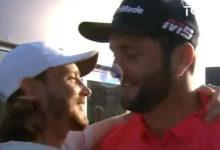 Solo en el mundo del Golf se puede ver algo así. Jon le pidió perdón a Fleetwood por ganar en Dubai