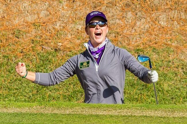 Nuria Iturrioz ya es jugadora LPGA