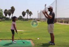 J. V. Pérez presenta, en clave de humor, la fórmula para que tus hijos abandonen la práctica del Golf