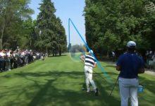 ¿Cazar el green en un par 4 de 380 metros? Eso no fue problema para Rory McIlroy y sus cañonazos