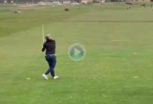 Toda la vida soñando con jugar en el Old Course de St. Andrews y en su primer disparo hace esto
