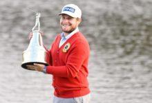 Hatton se estrena en el PGA Tour con un triunfo de prestigio en un accidentado Arnold Palmer