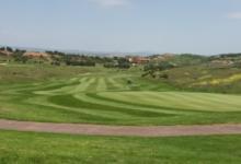 ¿Sabías que… el hoyo de golf más largo de España se encuentra en Logroño, un par 5 de 618 metros?