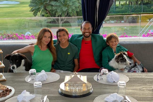 Tiger celebró la tradicional cena de campeones del Masters con unos invitados muy especiales