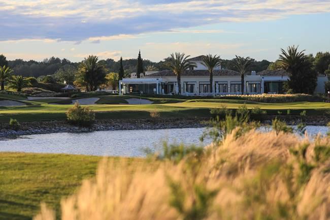 Las Colinas Golf Hoyo 18 650