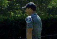 El Golf es duro… Rory McIlroy sufrió en sus carnes esta tremenda corbata tras un grandísimo chip