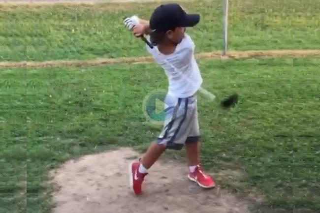 ¿Habían visto alguna vez golpear el driver con esta velocidad a un niño de cinco años? Nosotros, no