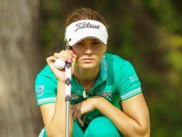En la LPGA, SÍ. Spilkova perdió el corte en el US PGA al ser sancionada con dos golpes por ¡¡Juego Lento!!