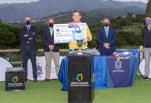 Suneson gana el Camp. de Pros de la FCG y PGA Canaria «Memorial José M. Rodríguez Morera»