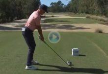 Cameron Champ lanzó el misil y Finau la dejó dada con su chip ¡Así de fácil es esto de jugar al Golf!