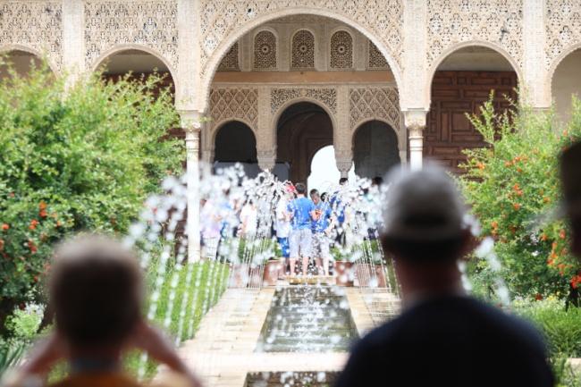 Patio de la Acequia, Alhambra, Turismo Andalucia,