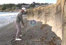 Si hay un golpe que se recuerda en Pebble Beach, es el de Snedeker desde la playa ¡vaya birdie sacó!