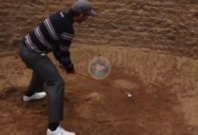 ¡Qué manos! Pablo Larrazábal tiró de habilidad para sacar la bola del bunker… ¡con un hierro 3!