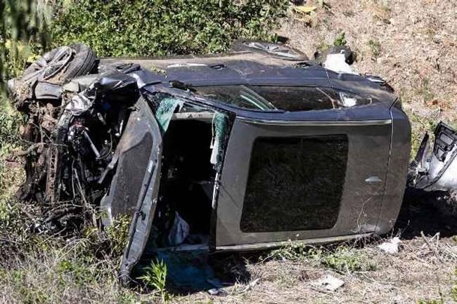 Tiger Woods se rompió la dos piernas y un tobillo en el grave accidente de tráfico sufrido en L.A.