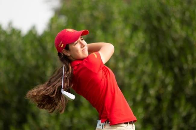 Julia López, a la cabeza de las doce españolas que superaron el corte en la Copa S. M. La Reina