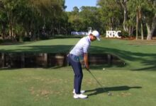 Morikawa hizo fácil lo difícil: dejó la bola a un metro en el 14, uno de los hoyos más difíciles