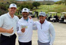 Phil Mickelson compensó a unos amateurs con 100$ por las molestias causadas en un campo de golf