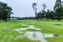 Las fuertes lluvias obligan a suspender la jornada en el Insperity Invitational tras anegar el campo