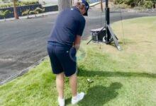 Justin Harding se crece en Golf Costa Adeje. ¡Qué golpazo a green rebotando la bola en un poste!