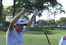 Bradley fue el autor del Golpe del Día en el PGA con este eagle desde 91 metros que fue directo al hoyo