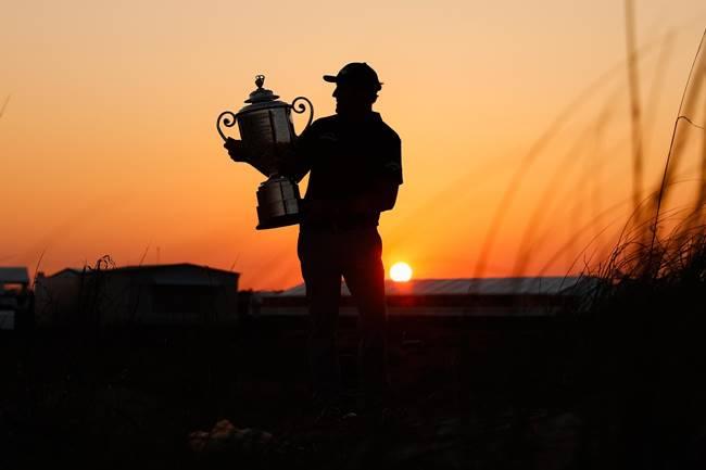 Trofeo Wanamaker PGA Championship y Phil Mickelson atardecer. Foto PGA of América