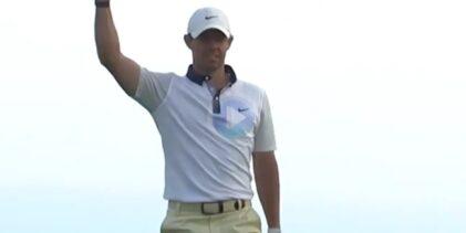 Rory levantó pasiones con su debut en Torrey Pines y este chip embocado desde 30m. da buena fe