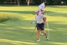 El hijo de Ian Poulter sacó un birdie en un torneo juvenil minutos después de dislocarse la rodilla