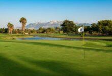 El Club de Golf Oliva Nova encara el verano con una oferta muy variada: Santander Golf Tour, Campeonato de la Comunidad Valenciana…