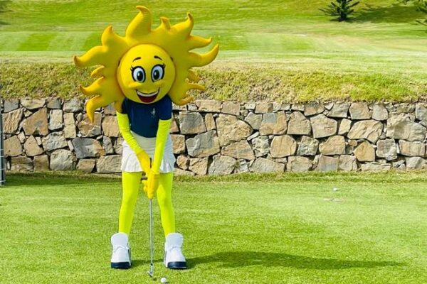 Se presentó Sol, la mascota oficial de la Solheim Cup 2023 a celebrar en la Costa del Sol, Andalucía