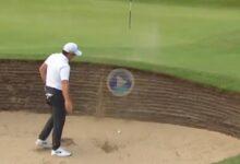 El Golf es duro… Un bunker en el 6 arruinó la ronda de Molinari, salió con un cuádruplebogey en par 3