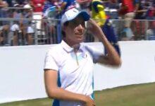 Carlota Ciganda se vino arriba en el uno bailando la Macarena antes de salir a jugar los individuales