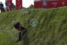 El increíble Flop Shot con el que Jordan Spieth casi acaba en el lago. Posiblemente el golpe de la Ryder