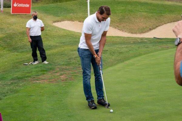 Rafa Nadal reaparece tras la operación apoyando el golf femenino en el Santander Golf Tour en Madrid