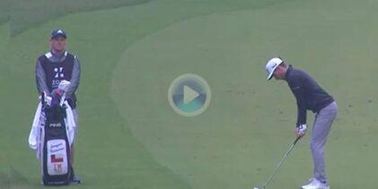 El chileno Niemann cerró la jornada en el ZOZO con este bello golpe con el que dejaba la bola dada