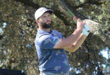 Y Jon (Rahm-bo) cogió su fusil. El de Barrika volvía a anotarse el eagle en el hoyo 14 tras dos golpazos